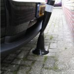 Flexibele parkeerplaatspaal botsing